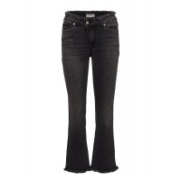 Hunkydory Women Aubrey Denims Slim-fit Style with sneakers for a contemporary look 18211179 TRITBVI